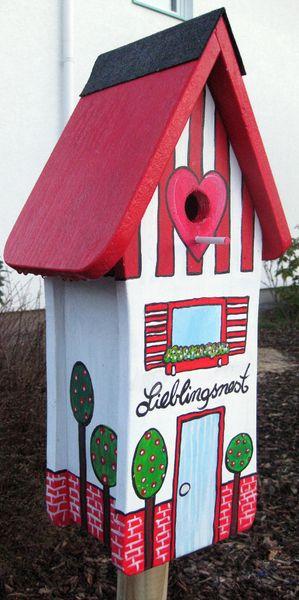 Gartendekoration - Vogelhäuschen Lieblingsnest rot - ein Designerstück von marenschmidt bei DaWanda