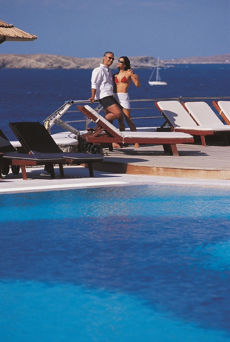 They fell in love in Mykonos, they married on Mykonos, had their honeymoon on Mykonos. Mykonos Grand, one of the most luxury honeymoon locations