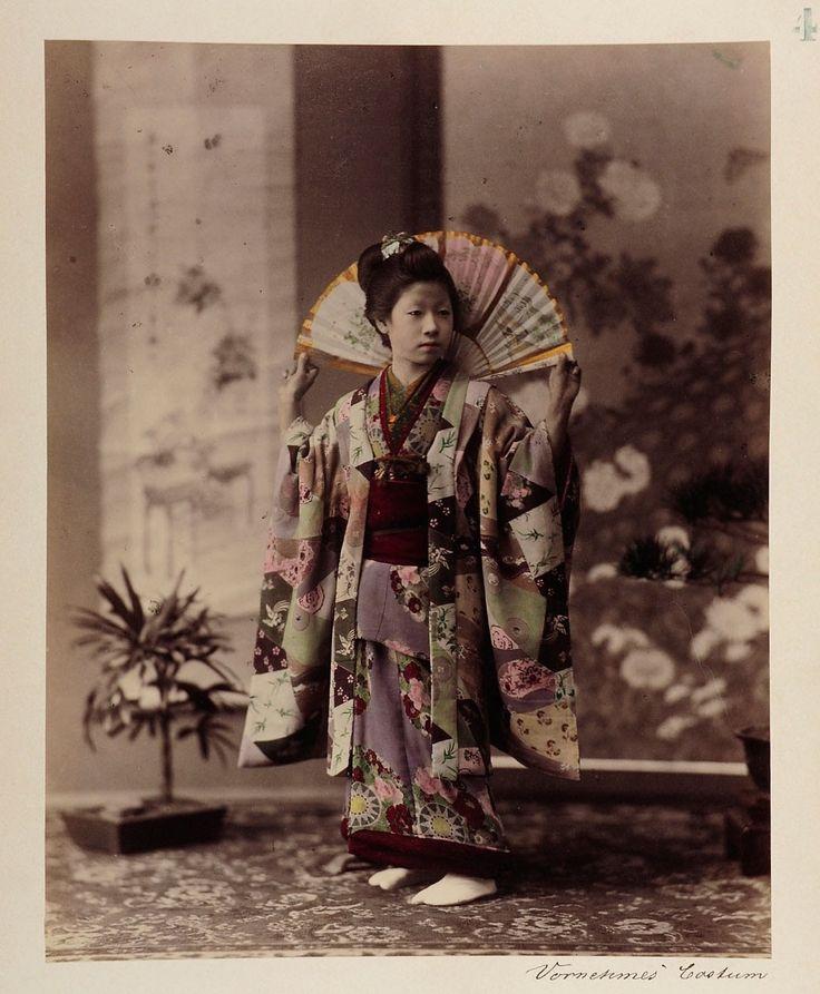 Vornehmes Kostüm | Tamamura Kōzaburō | 1880-1890 | Museum für Kunst und Gewerbe Hamburg | CC0