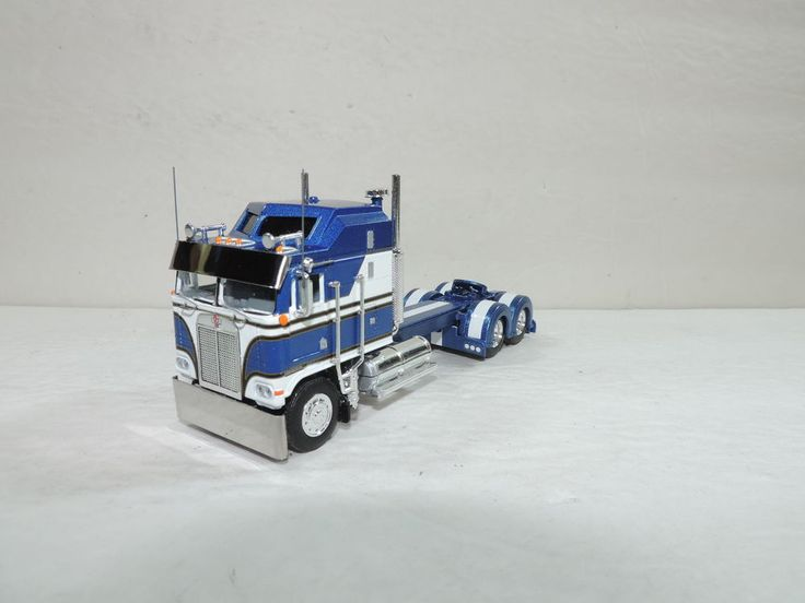 Custom Toy Semi Trucks : Custom semi trucks scale peterbilt