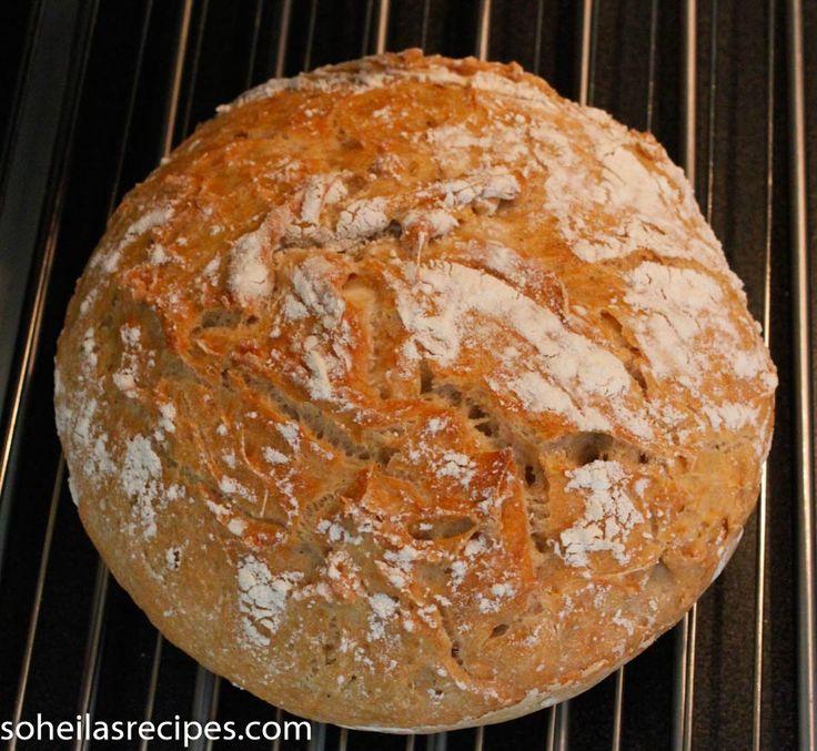 Her er oppskrift på eltefritt surdeigsbrød. Det eneste du må gjøre er å ha alle ingrediensene i en bolle og blande sammen. Du trenger ikke å elte. Ingredienser...