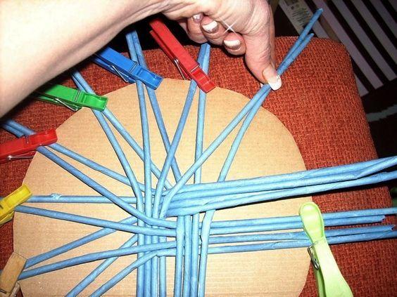 Moje pletení z papíru - Fotoalbum - NÁVOD - NA PLETENÁ DNA - NÁVOD NA HVĚZDICOVÉ DNO,NEBO VÍKO