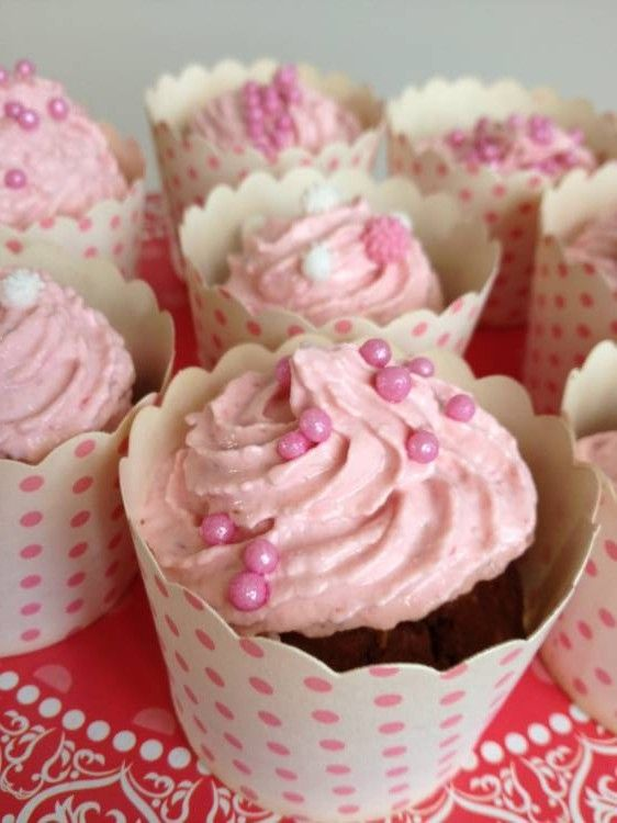 Healthy Chocolate Cupcakes with Indulgent Strawberry Frosting