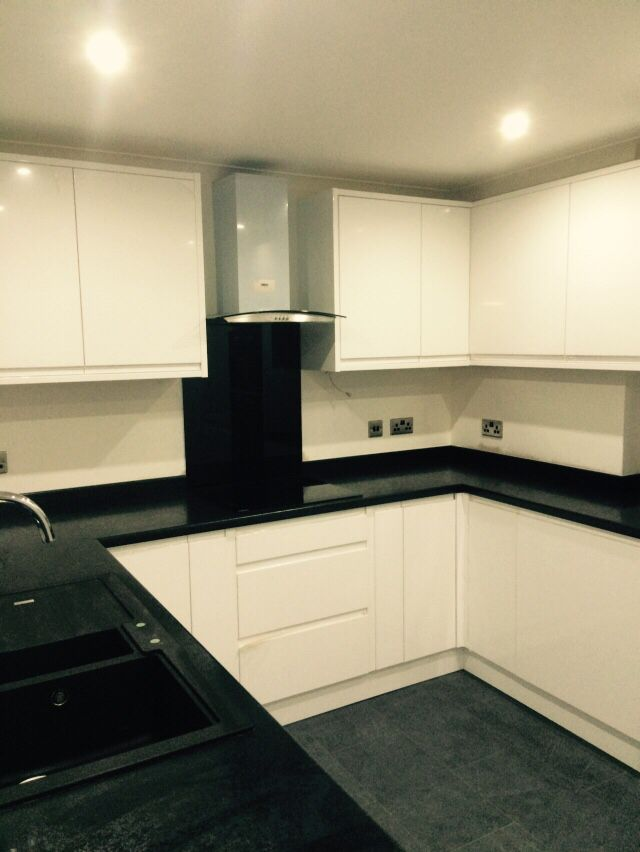 White High Gloss Kitchen