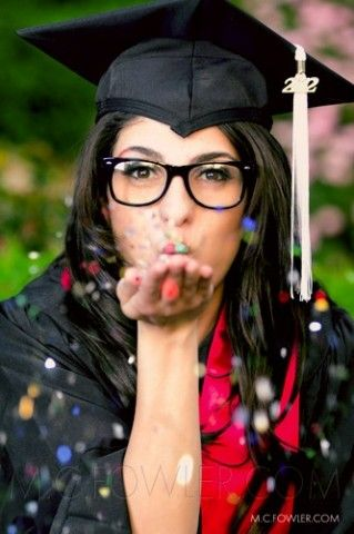 Senior Portrait Ideas for Girls   Outfit Ideas for Women Pictures