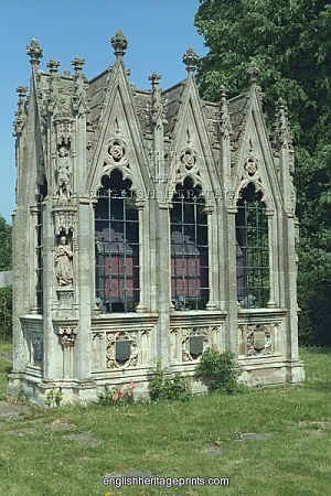Wernher Mausoleum - The family vault of Sir Julius Wernher, Bart. Errected 1912 in the churchyard of Holy Trinity Church, Bedfordshire.
