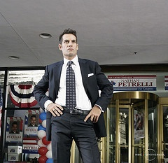 Vote Nathan Petrelli... i sure would