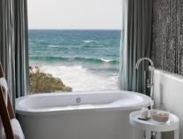 White Pearl - Ponta Mamoli - Bath styling