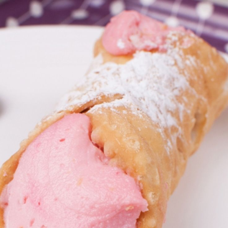 A Delicious recipe for strawberry and ricotta cannoli. These are a very yummy dessert.. Strawberry and Ricotta Cannoli Recipe from Grandmothers Kitchen.