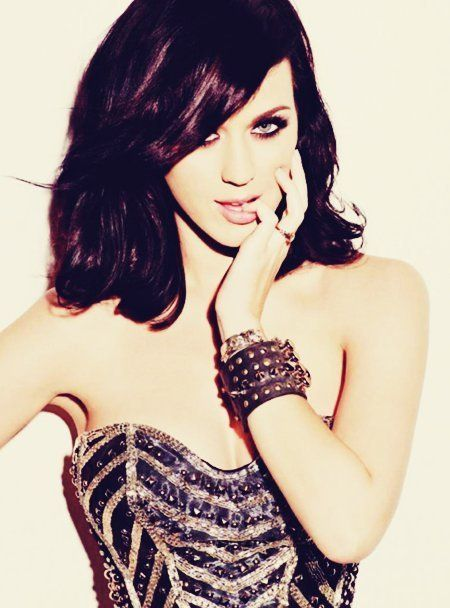 Why am I posting a picture of Katy Perry if I hate her? I have no idea.