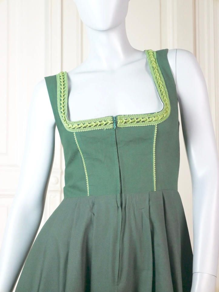 Austrian Vintage Dirndl Dress, Green Embroidered Bavarian Dress, Alpine Peasant Dress, Traditional Octoberfest Dress: Size 10 US, Size 12 UK by YouLookAmazing on Etsy