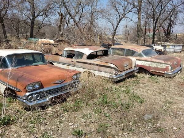 Best Impalas Caprices In The Junk Yards Images On Pinterest