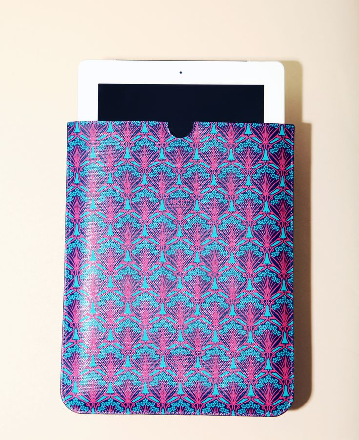 Keep your valuables safe and sound in style with our collection of #LibertyLondon Tech Accessories. Discover the range here http://www.liberty.co.uk/fcp/categorylist/dept/liberty-london_tech-accessories