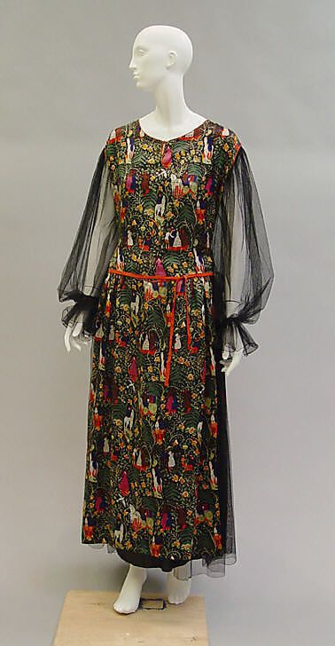 """Bois de Boulogne"" dinner dress. Paul Poiret, 1919. Medieval-scene textile design by Raoul Dufy."