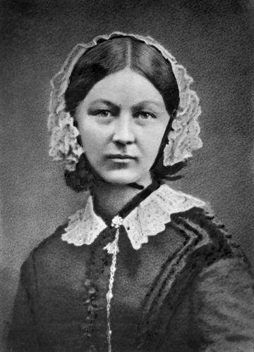 """Florence Nightingale (1858). """"La Dama de la Lámpara"""". Pionera de la Enfermería moderna. Nació el 12 de mayo de 1820 y murió el 13 de agosto de 1910"""