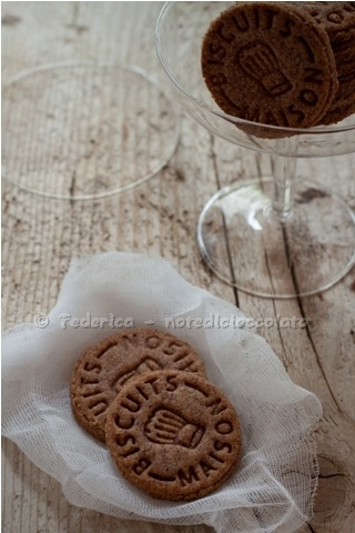 Biscotti viola