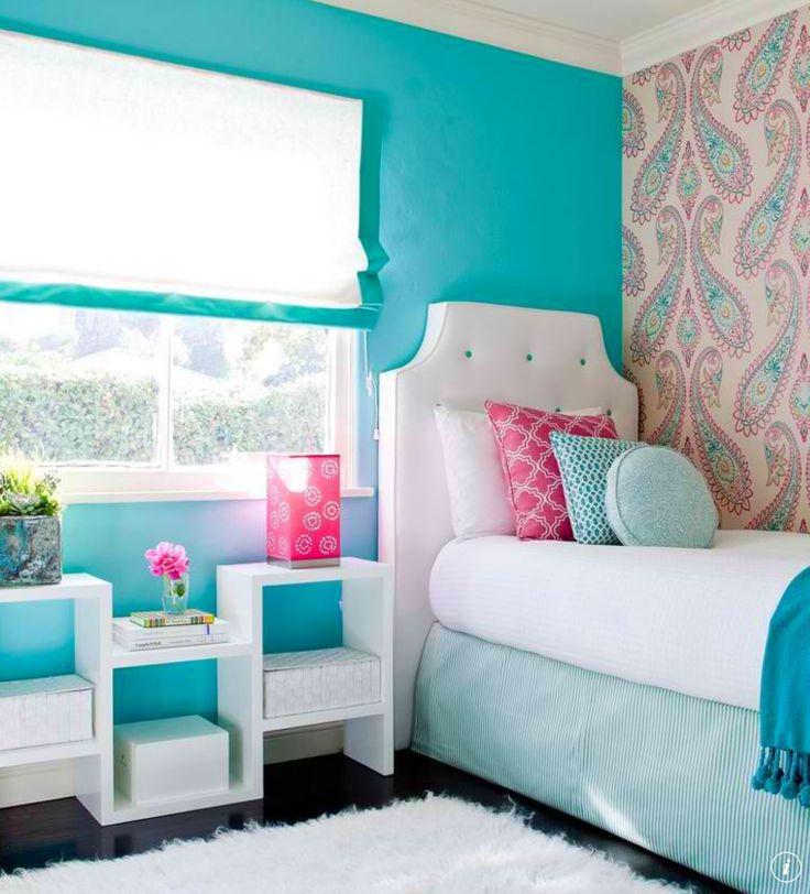 Bedroom Arrangement For Small Spaces Bedroom Blue Bedroom Design Tips Unusual Bedroom Wallpaper: Love The Colors And Layout!
