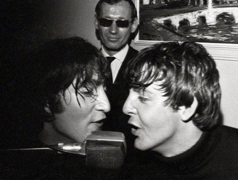Possibly my favorite Lennon-McCartney shot (1966?) Muahaha the guy in the back is all like SHIIIPPPPP