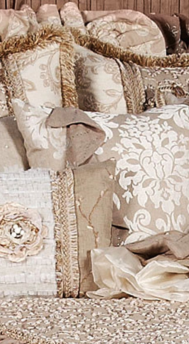 Luxury High End Country French Linen Bedding And Accent Pillows By  Reilly Chance Collection: