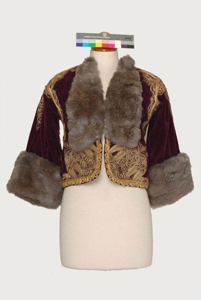 Velvet kontochi, sleeved gold embroidered jacket