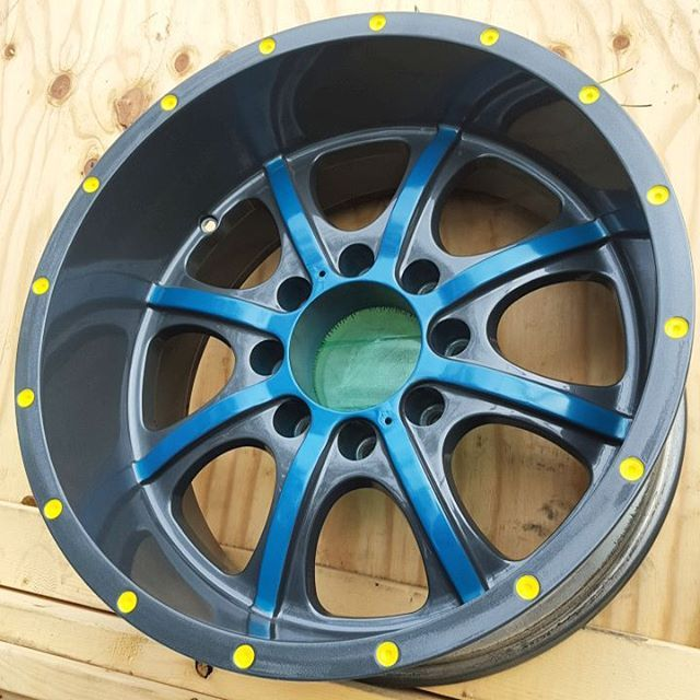 Triple tone powder coat wheels! These took a long time to finish but turned out beautiful, and will not scratch or chip! #bullseyepowdercoating #powder #coating #specialists #finish #paint #wheels #rims #restore #restoration #broward #florida #flogrown #dade #custom #painting #truck #chrome #teal #gunmetal #bullseye  (at Bullseye Powder Coating - Broward)
