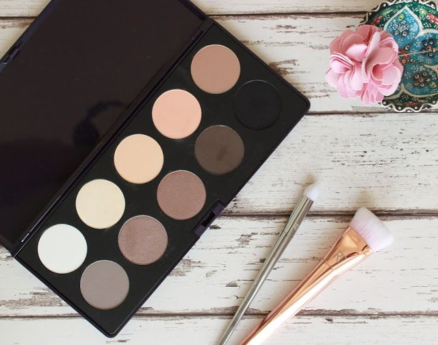 Neve Cosmetics Elegantissimi nude shadow palette review - a nude eye shadow lover's dream <3