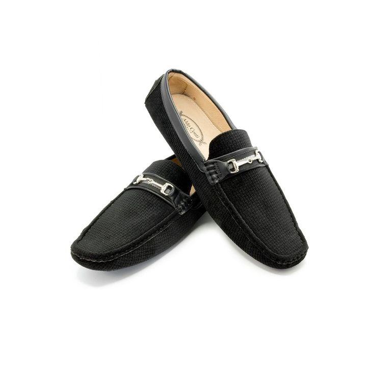 Zapato Aldo Conti en composicion 100% poliuretano, estos zapatos son un complemento ideal para un look sofisticado y elegante debido a su diseño inspirado en modelos italianos.