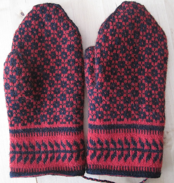 491 best Crochet or knit mitts, gloves and wrist warmers 2 images ...