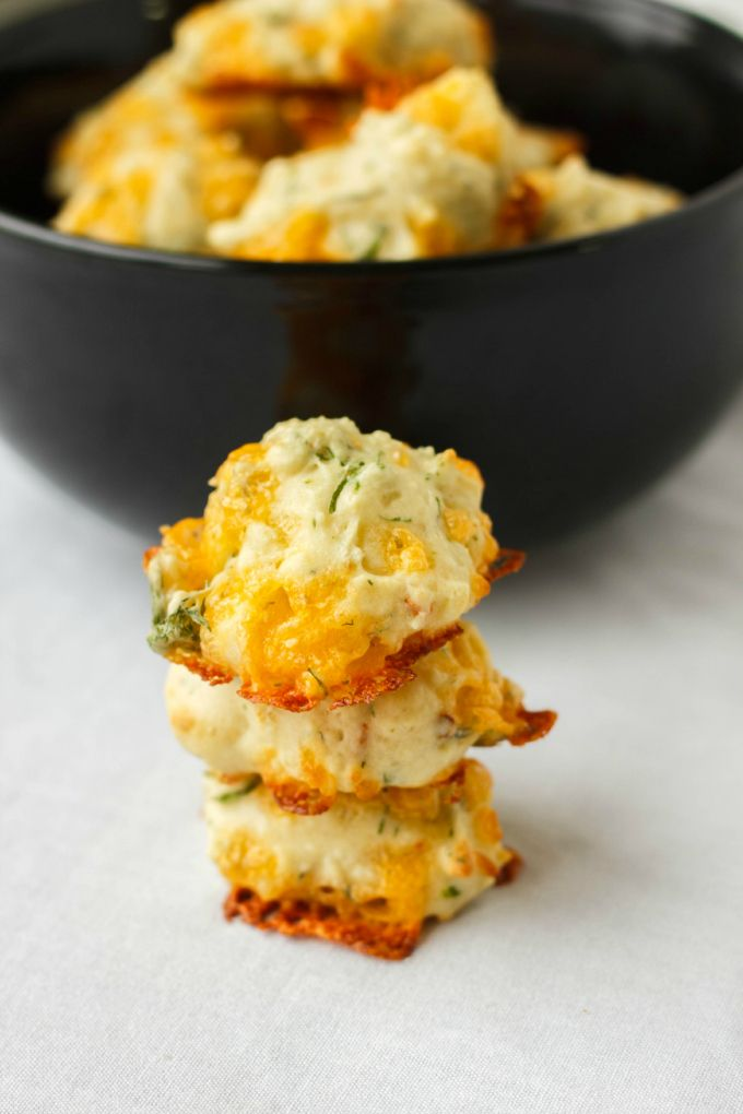 A great appetizer or side dish, these dill and cheese puffs are soft, moist, and outstanding in the flavour department.