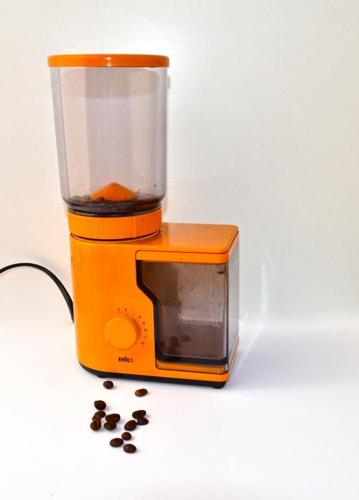 Braun  coffee grinder simple and functional design