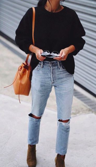 Khaki suede ankle boots, rip knee boyfriend jeans | winter fashion outfit | streetstyle