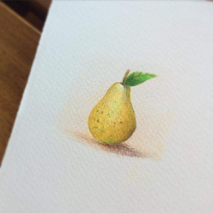 Pear. Colored pencils. Illustration by Valeria Frustaci #pear #pera #illustration #food #pencil #fabercastell #polychromos #pastelli #valeriafrustaci #yellow #fruit