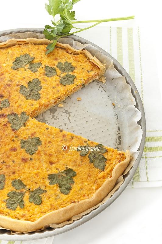 Torta salata con carote e ricotta