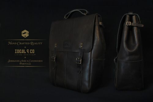 (ENG) - The Valentine's Day is coming and what better way to surprise your boyfriend or wife than offer the Candeeiros backpack. Produced manually in Portugal with vegetable tanned leather, Candeeiros is perfect for adventure, be it in middle of the nature or in the city, due to its interior space, sturdiness and functionality, just perfect!//(PT) - O dia de São Valentim está a chegar e que melhor forma de surpreender o seu namorado ou mulher do que oferecer a mochila Candeeiros. Produzida…
