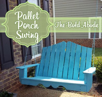 Check out this AWESOME Pallet Porch Swing!  I love it!