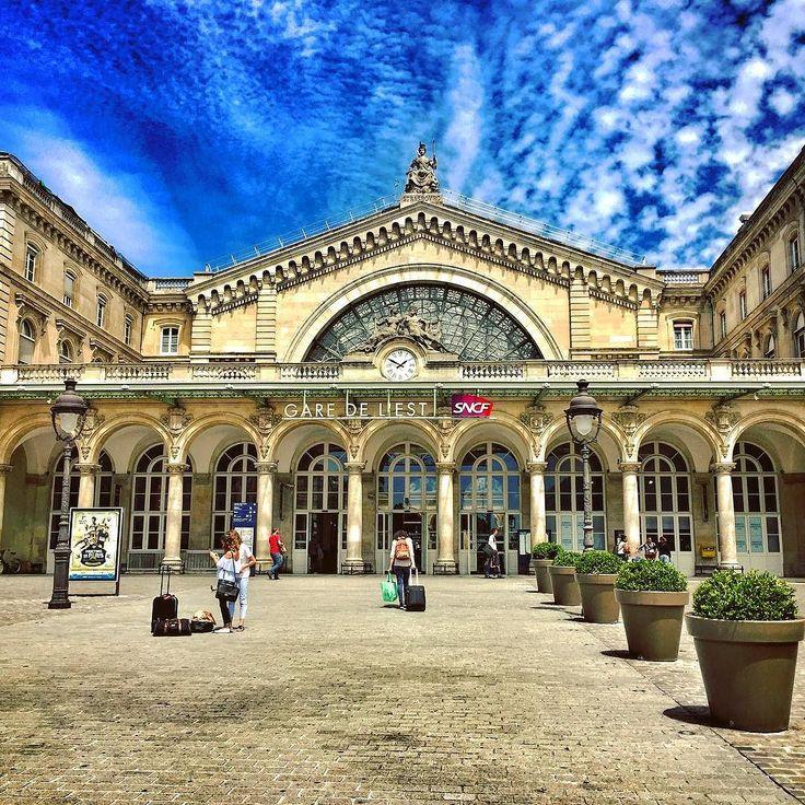 Gare de l'Est  #GaredelEst #TrainStation #SNCF #PhotoSNCF #Gare #Train #Transilien #TGV #DB #Deutschebahn #EPT4 #Paris #IgersParis #IledeFrance #France #Architecture #Beautiful #Colors #July2017
