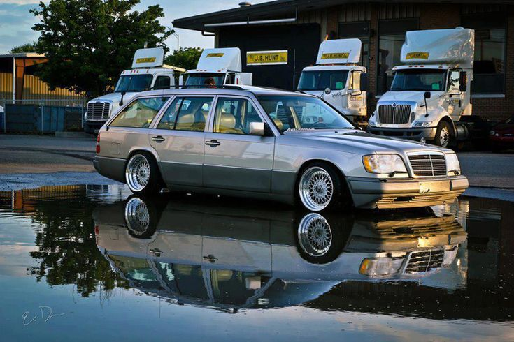 Classy Mercedes Benz 300E on BBS RS Wheels