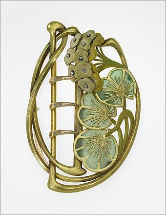 Belt buckle with lily pads and blossoms, about 1900. By: Henri Vever, French, 1854–1942. Gold, enamel, and diamond.