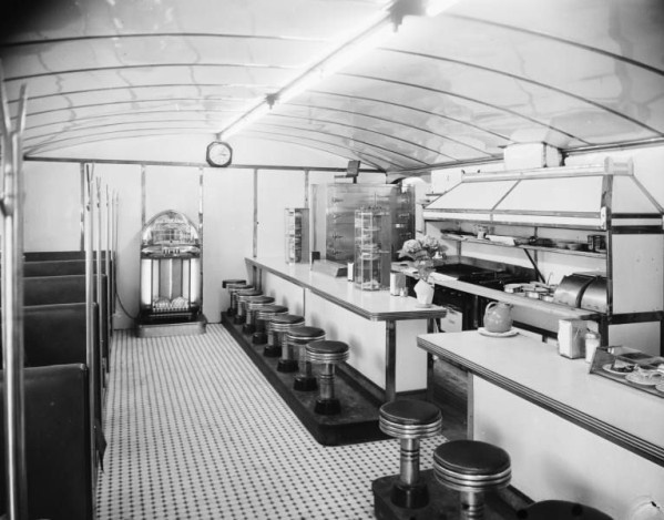 Interior view of Wynn's Cafe at Admiral Place & Harvard.  Tulsa