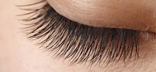 Eye lashes play a crucial role in that dramatic and sexy look that we all yearn for, Here are some natural ways to make eyelashes longer and beautiful.