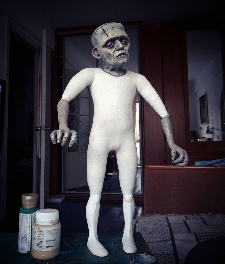 Процесс, крашу парня.#искусствокуклы  #кукларучнойработы #art #коллекционнаякукла #кукла #doll #творчество #beautifulart #dollcollection #dollartistry #artdoll #handmade #Frankenstein #франкенштейн