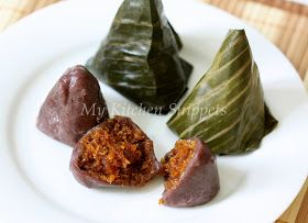My Kitchen Snippets: Kuih Koci Pulut Hitam/Black Glutinous Rice Cake with Coconut Filling