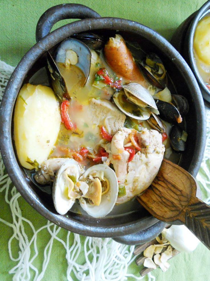 """Un buen """"Curanto en Olla """"para celebrar el 18 de septiembre. """"VIVA CHILE"""" y viva las fiestas patrias. CURANTO Es un comida típica..."""