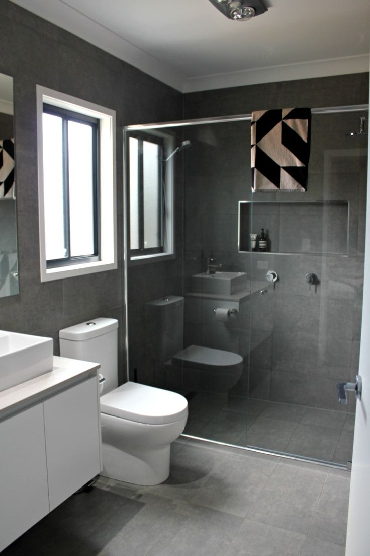 Real Rooms: Katie and Mitch's Bathroom, Ensuite and Laundry