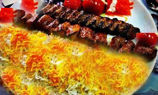 Mazedaar Recipes: How to make Iranian Chelo Kebab with rice. The Iranian Chelo Kebab with rice is a famous dish know world wide for its amazing taste and glamorous looks. The aroma of this dish is so good that some people say that the aroma cannot be described using words, You can only know it if you can smell it. Again it is a dish which cannot be resisted by anyone. Finally share and enjoy.