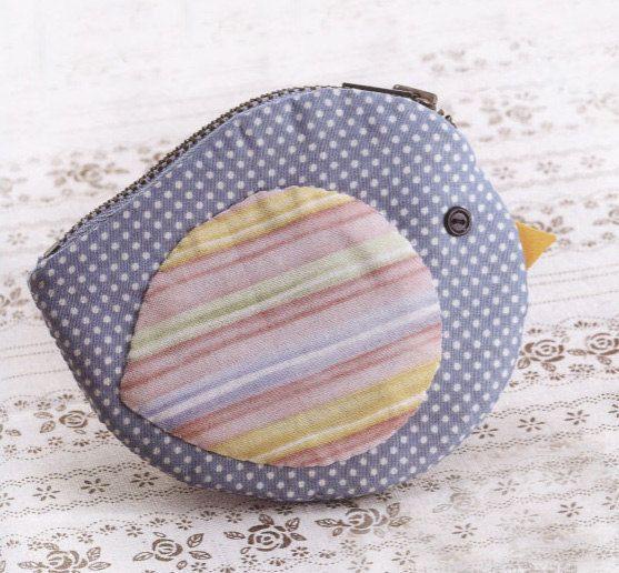 Bird coin purse wallet girl women children fabric sewing quliting quilt patchwork applique cotton linen. $5.00, via Etsy.