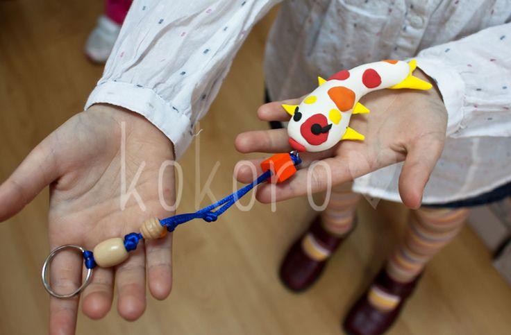 """Fotos del taller """"Llavero carpa japonesa"""" (plastilina mágica)"""
