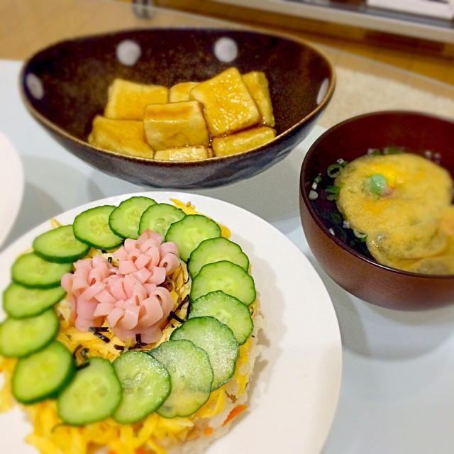 ちらし寿司の素があったから、なんでもない日だけどお祝い気分♫ - 12件のもぐもぐ - ちらし寿司ケーキ&揚げ出し豆腐&お吸い物 by masako1014
