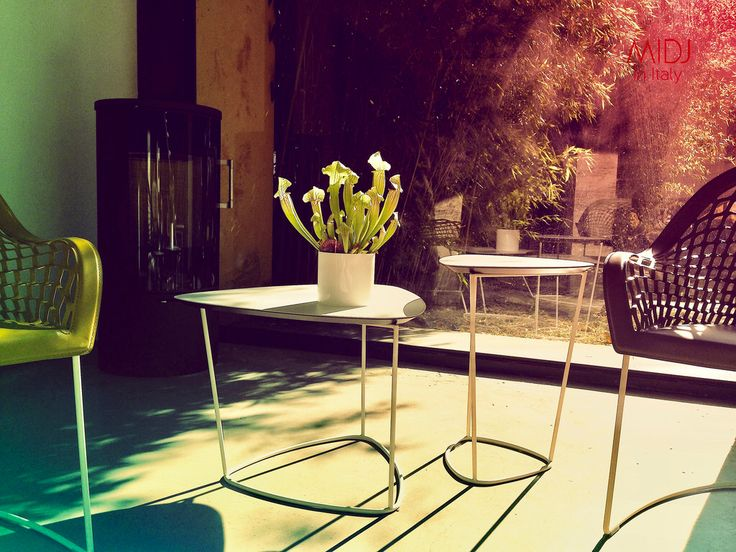 GUAPA Collection / Tavolini. Sempere#Poli Design for Midj.  http://www.midj.com/collections/guapa Beatriz Sempere & Franco Poli