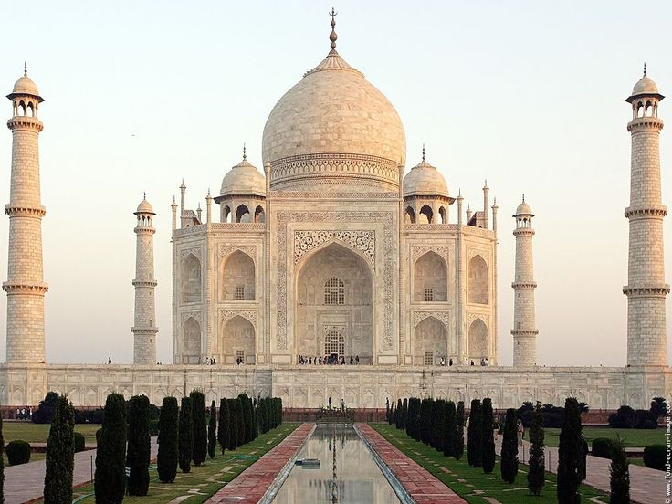 Taj Mahal, Agra, India...I want to go soo badly!